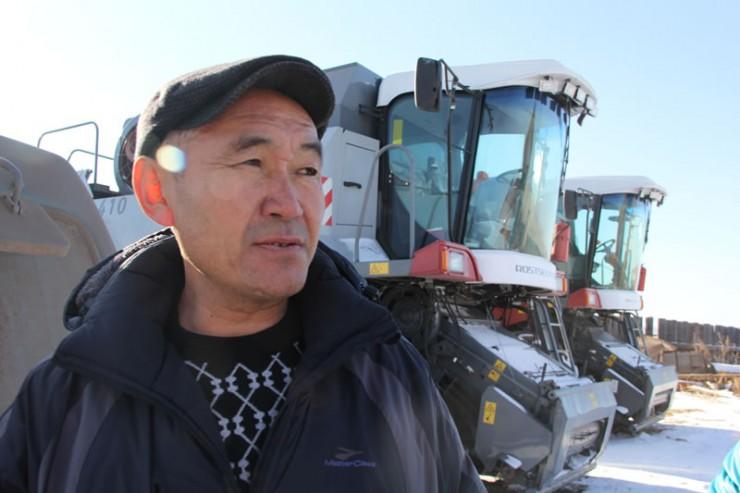 Валерий Мункоев: «Мои отец и мать трудились на земле. Я рад, что тоже могу заниматься работой, которая мне по душе».