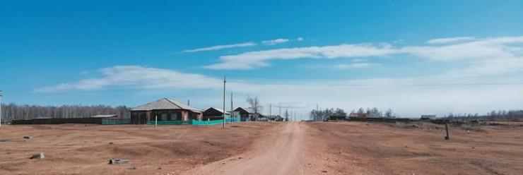 Жители Еленинска уверены, что будущее их небольшой деревни связано с работой фермеров, которые возвращаются на малую родину, берут в оборот землю, обрабатывают поля и разводят поголовье крупного рогатого скота.