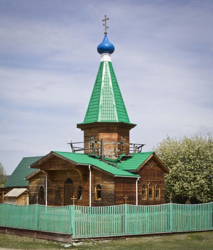Несколько лет назад в Оноте приступили к строительству храма. Средства для этого собирали всем селом: от сердца к сердцу.