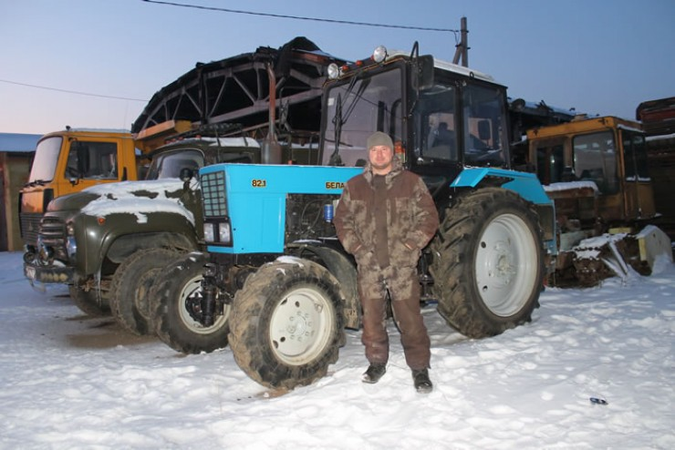 За выращивание зерновых и картофеля в хозяйстве отвечает Сергей
