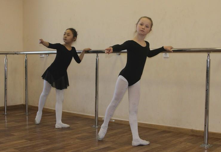 Будущие звезды балета занимаются под руководством Елены Минеевой