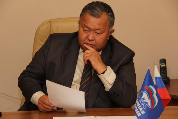 Кузьма Алдаров:  «Успех работы Законодательного собрания во многом зависит от слаженных действий представителей всех уровней власти»