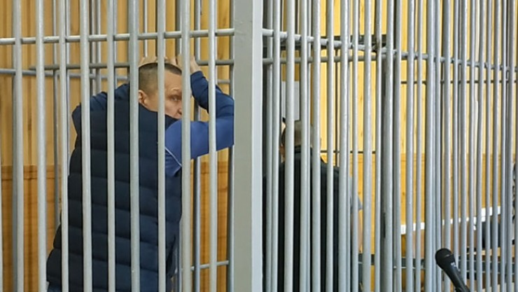 Заказчика задержали спустя день после ареста исполнителя. Свою вину от отрицал, от детектора лжи отказался. Суд приговорил мужчину к 17 годам лишения свободы, киллер получил 13 лет.