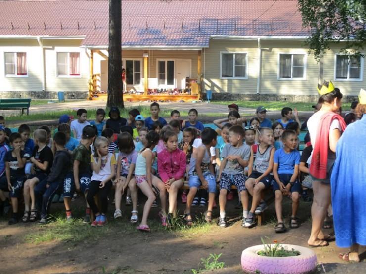 В лагере «Березка» четвертый год проводится Сур-Харбан. Большое внимание уделяется и проведению спортивных состязаний.