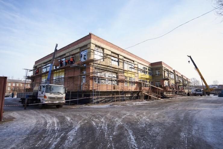 В Иркутске идет строительство четырех объектов, в которых будут заниматься дети.