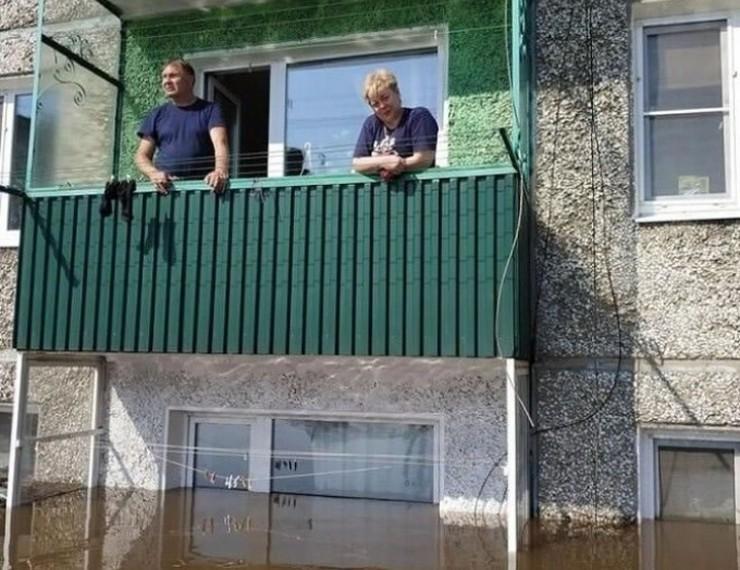 Комиссия специалистов поделила пятиэтажки в Тулуне вдоль — на годные и не годные для проживания этажи…