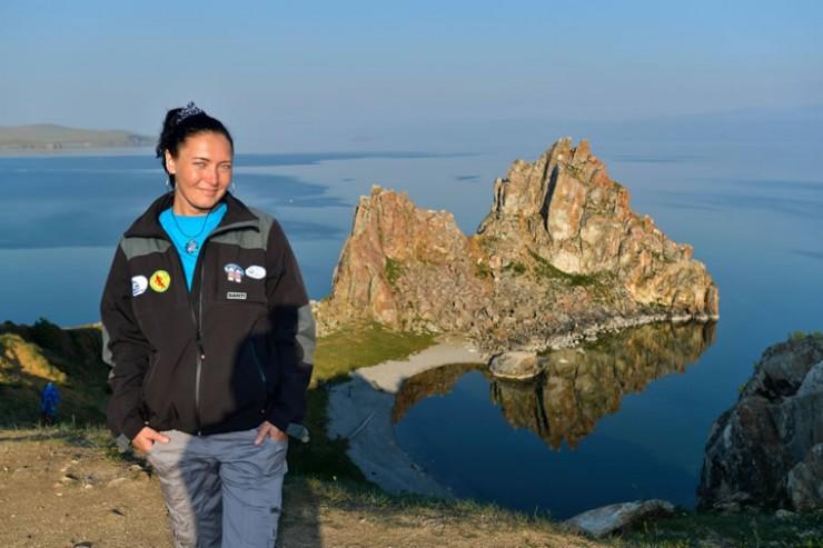 Татьяна Опарина: «Что такое Листвянка сегодня? Это портовый город, с кучей мусора на берегу и под водой. Не хочу нырять в помойке с ревущими моторами над головой».
