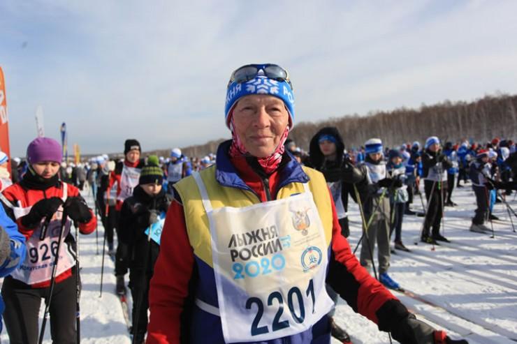 Раиса Головкова, почетный мастер спорта: «Всю жизнь катаюсь на лыжах, выросла в деревне Голуметь Черемховского района, а там других видов спорта и не было. Лыжи для меня тогда были не только спортом, но и средством передвижения».