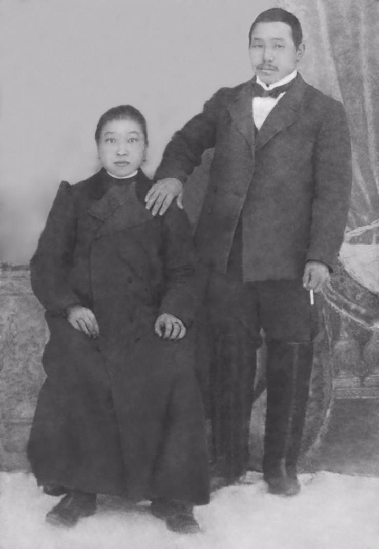 Прокопий Санхядов с женой Агафьей Асхаевной