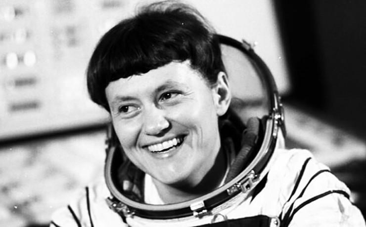 Летчик-космонавт, дважды герой Советского Союза Светлана Савицкая