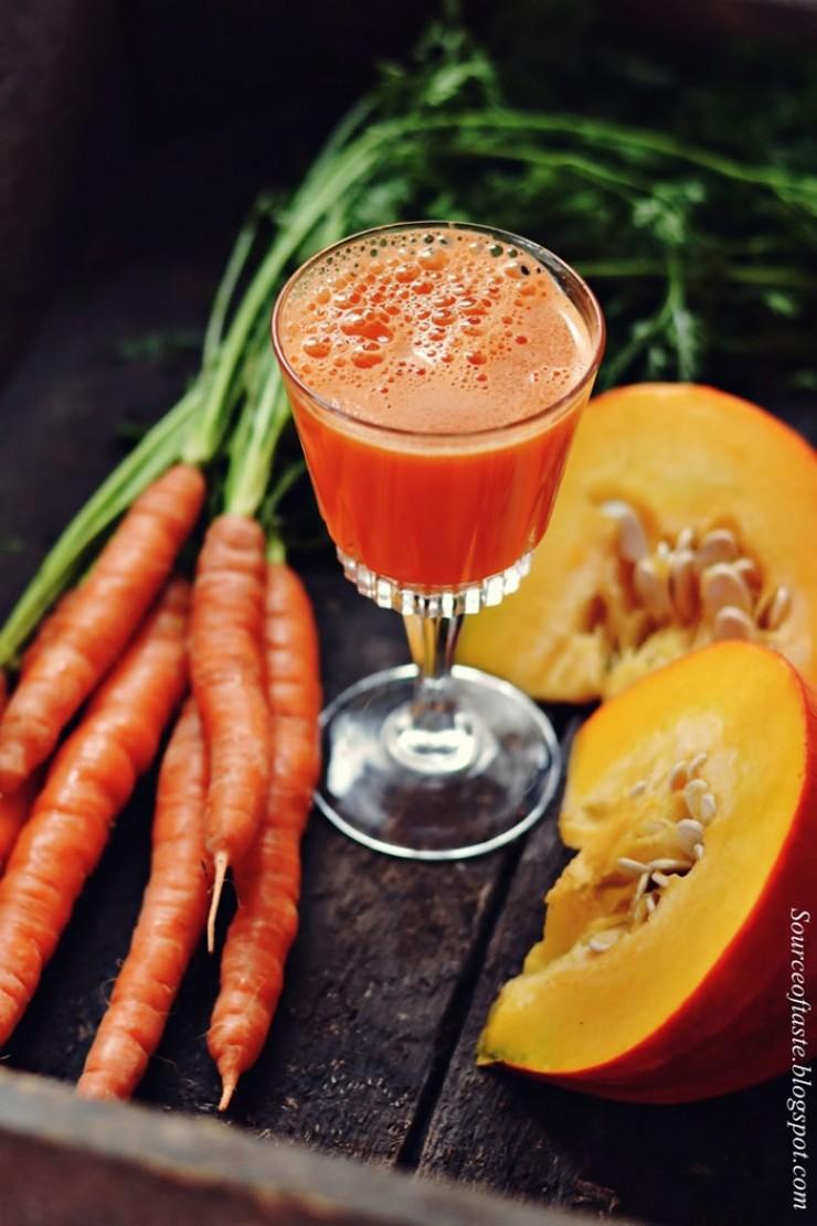 Тыква и морковь сами по себе имеют не очень яркий вкус, поэтому лучше добавить ароматный лимон.