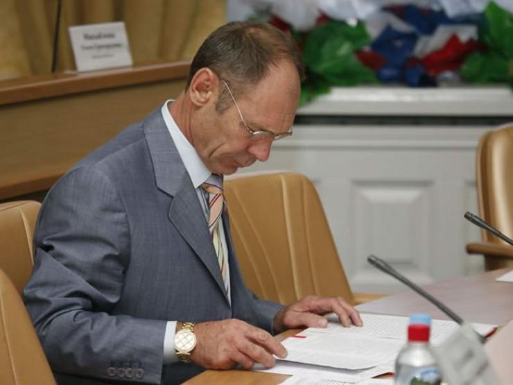 Депутат Сергей Юдин лишился своего мандата из-за того, что «неправильно понял требования методических рекомендаций Министерства труда».