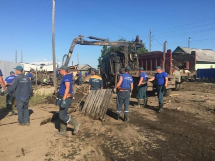 В Тулуне по-прежнему полным ходом идут восстановительные работы