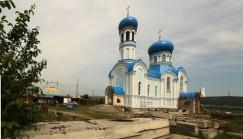 Завершающие работы на строительстве нового храма в Свирске