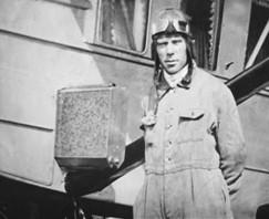 Советский летчик-испытатель Михаил Снегирев. В Первую мировую войну — один из воздушных асов русской армии. Фото начала 1930-х годов.