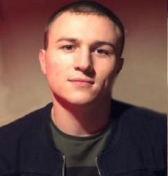 Вячеслав Беляков учился  в инженерно-строительном институте СФУ в Красноярске