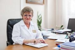 Наталья Протопопова, руководитель Иркутского областного перинатального центра: «Особых сложностей, каких-либо административных барьеров в организации посещений нет. При грамотном подходе все вполне решаемо. Все мы заинтересованы в одном — в скорейшем вы- здоровлении пациентов»