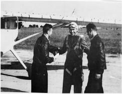 Алексей Гринчик на испытаниях самолёта МиГ-8