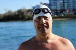 Алексей Никифоров считает зимнее плавание одним из самых безопасных видов спорта. «Родственники мое увлечение одобряют, но сами в воду не лезут».