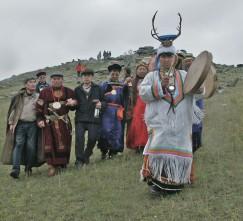 Валентин Хагдаев – потомственный шаман. К нему за помощью обращаются люди со всего света.