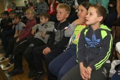 Школьники внимательно слушали преподавателей «Школы безопасности»