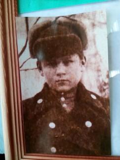 12-летним мальчишкой Долька уехал в Черемховское специальное  горно-техническое училище