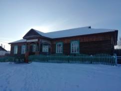 По словам Альбины Давыдовой, когда-то в одной только начальной школе Нельхая обучалось больше 100 детей. Самым маленьким считался класс, в котором обучались 25 ребятишек. Учились в две смены.
