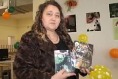 Наталья Алексеенко написала несколько романов и детскую книгу. Иллюстрации к ним сделал ее любимый муж.