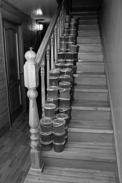 Никто точно не знает, сколько в Приангарье производится меда. Многие держат ульи, причем по нескольку десятков, но не сообщают об этом в министерство сельского хозяйства.