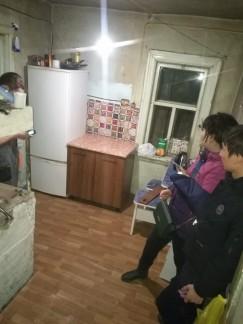Всего за день иркутяне привели в порядок кухню, жители города привезли мебель и холодильник.