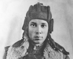 Начинал свой боевой путь танкист Лыхин в 1942 году 18-летним, а домой вернулся лишь через пять лет.